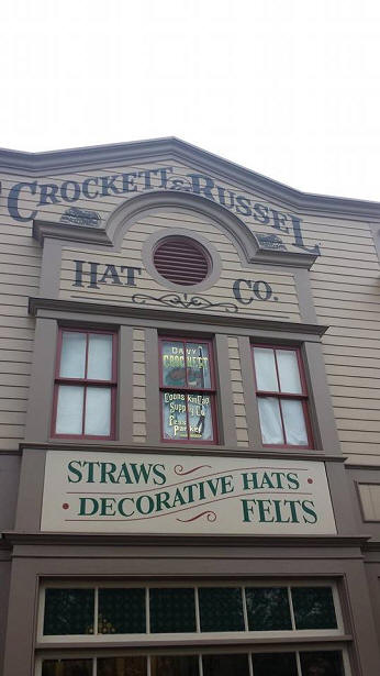 Davy Crockett window