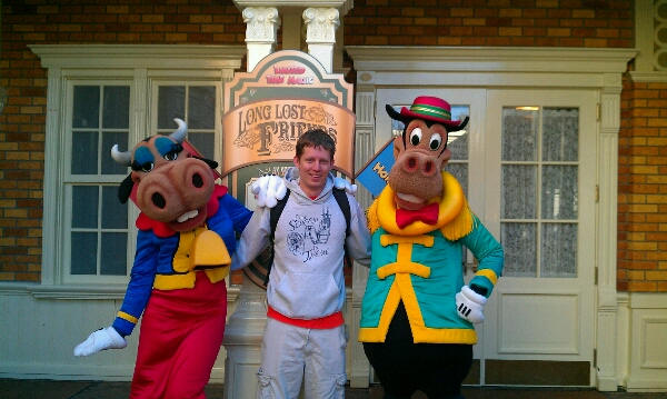 Clarabelle Cow and Horace Horsecollar Meet and Greet