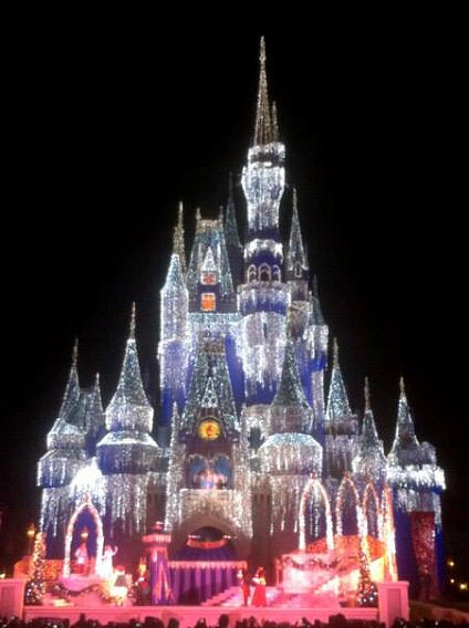 Cinderella Castle lit up