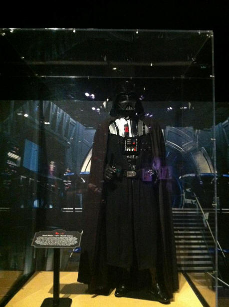 Darth Vadar costume