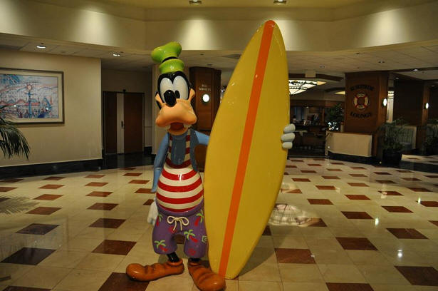 Goofy with Surfboard