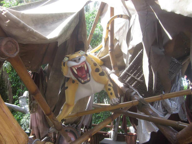 Sabor in Tarzan's Treehouse
