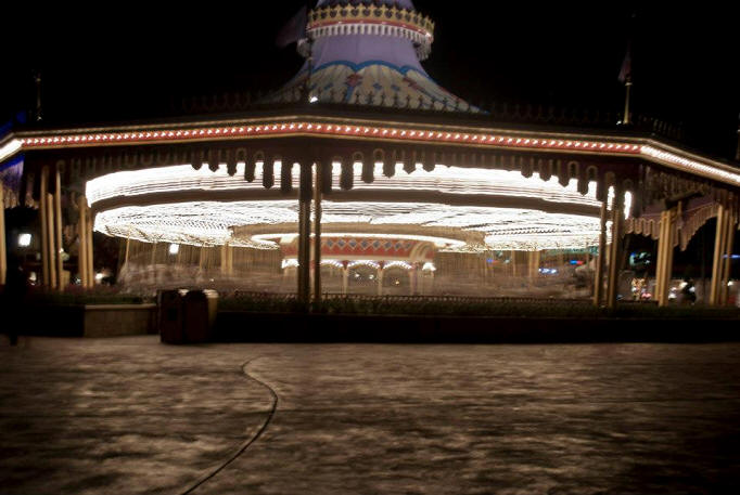 Picture of the Day spinning Carousel