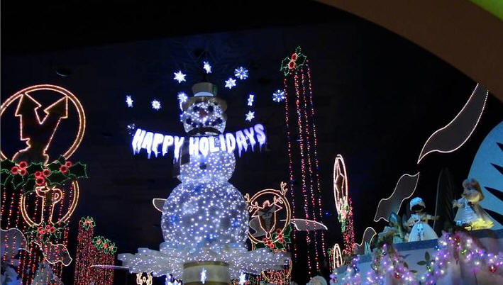 Picture of the Day it's a small world holiday
