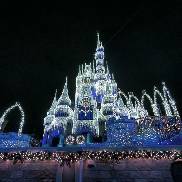 Cinderella Castle holiday lights
