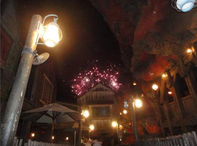 Picture of the Day Splash Mountain Fireworks