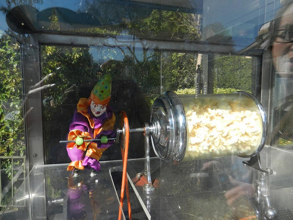 Clown Popcorn Cart Disneyland