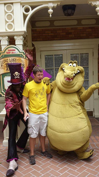 Dr. Facilier and Louis from Princess and the Frog meet and greet
